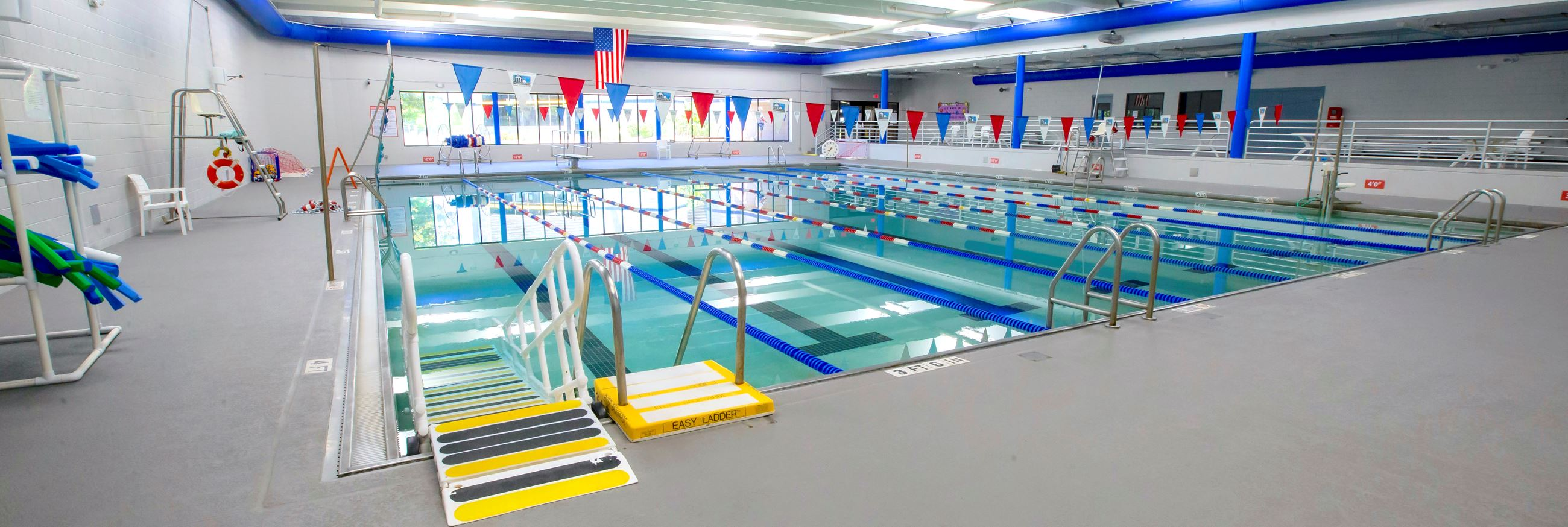 SportsCom_indoor_pool