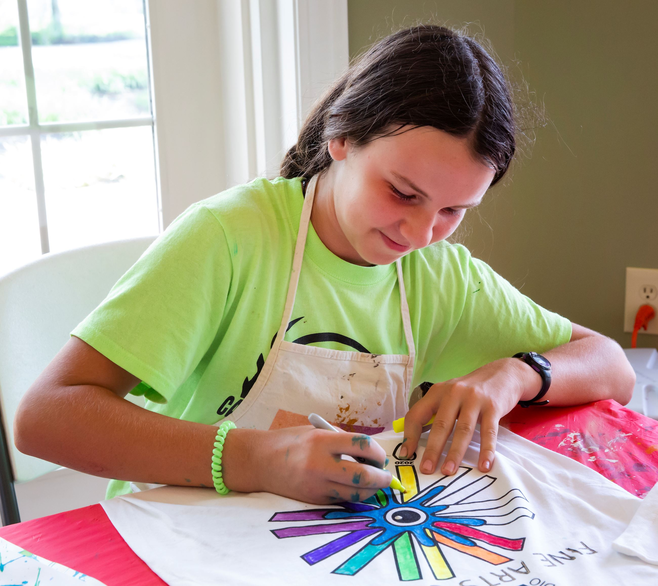 Girl Painting Fine Arts Camp T-shirt